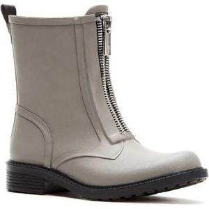 Frye Storm ZIP Rain boots in Grey